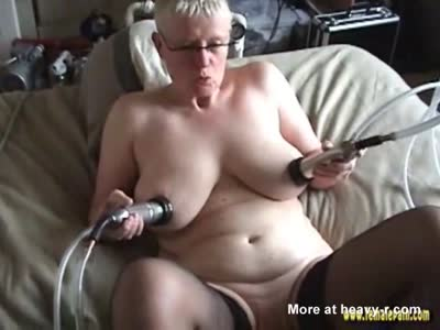 Bdsm breast milking questa