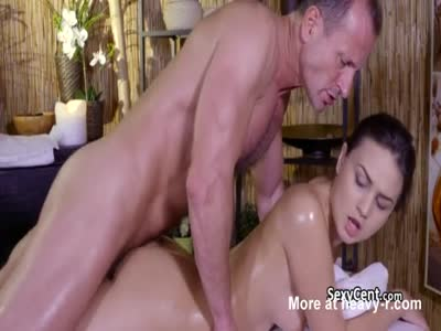 Dude Rimming Hot Ass During Massage
