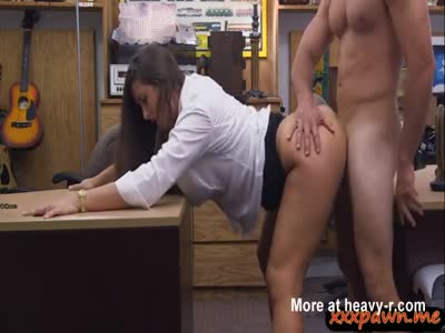 Round Ass Babe Pawnshop Banged