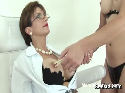 Unfaithful british milf lady sonia shows her heavy balloons
