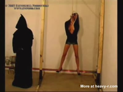 Terror! female hanging execution