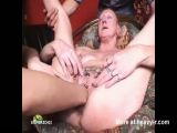 Old Pierced Pussy Fisting