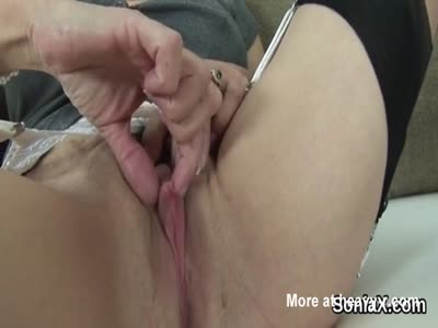 MILF Playing With Her Clit