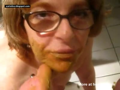Nasty Wife Giving Scat Blowjob
