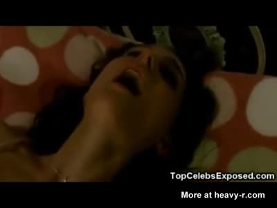 Mila Kunis And Natalie Portman Lesbian Sex