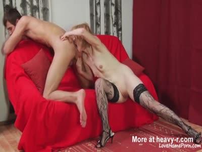 Blonde Amateur Full Oral Treatment