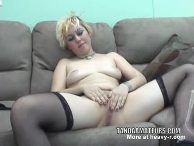 Naughty Girl Playing With her Twat