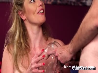 Spicy stunner gets cumshot on her face gulping all the jism