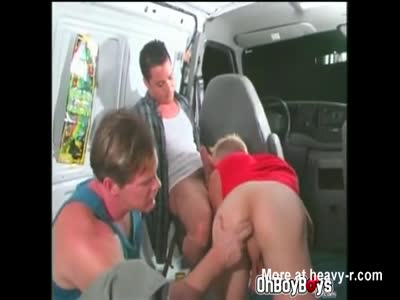 Rave twinks goes for double anal fuck