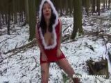Lady Santa Using Big Dildos In Snow