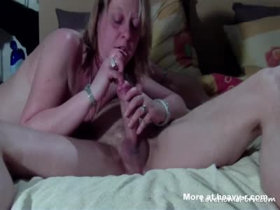 Mature Amateur Wife Sucks And Fingers Big Cock