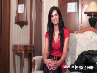 Casting beauty goes away after hardcore penetration and anal