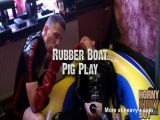 Rubber Boat Pig Play