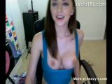 Teen Shows Tits On Webcam