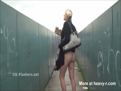 Blonde Public Flasher