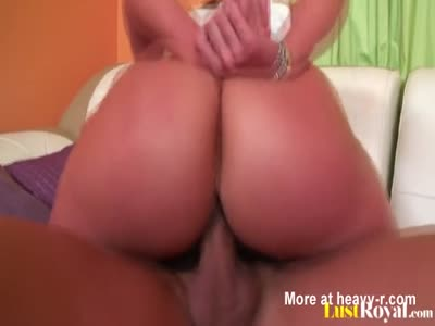 Fabulous Kelly Divine is quite a deepthroat champion