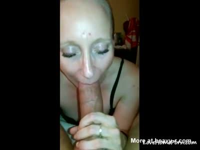 Mature Shows Amazing Blowjob Skills