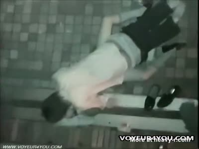 Spy Hidden cam of a young couple fucking outdoor