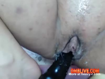 Milf Pussy Swallows OMBLIVE Vibe That You Can Control Even F