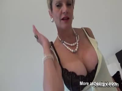 Unfaithful english mature lady sonia exposes her enormous bo