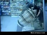 Robber Gets Owned