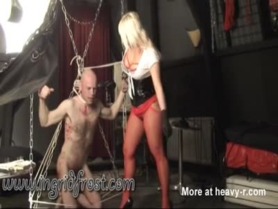 MERCILESS BALLBUSTING  ! KICKING MALE  BALLS !