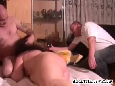 Mature Masturbating And Cockolding