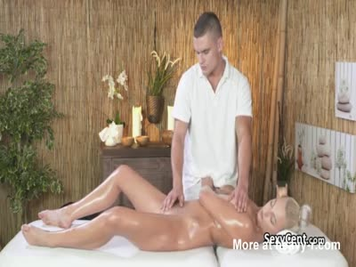 Muscular Masseur Fucks Hot Client