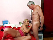 Spoiled Blond Bimbos Brenda N Gives A Head To...