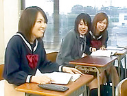Public Sex With Hot Asian Schoolgirls During ...