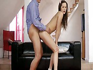 Perverted Hottie Irina Bruni Does Her Best Wh...