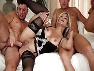Klarisa Leone Gets Her Cunt Hammered By All H...