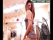 Hot Babe Flirting And Get Naket At Webcam