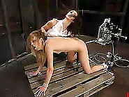 Blonde Leah Luv Gets Anal Fuck From Machine A...