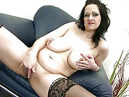 Posh Mature Mom With Big Tits And Perfect Bod...