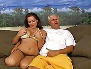 Natasha Nice Uses A Vibrator To Make Her Puss...