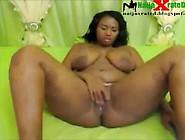 Kenyan Bbw Masturbates On Webcam