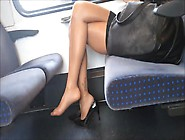 Amazing Legs Soles In Nylons Footplay Dangle