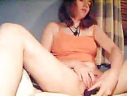 Stunning Cam Girl Toying Her Snatch On Web Ca...