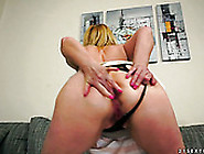 Perverted Milf With Small Tits Spreads Butt C...
