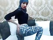 Sexy Muslim Cam Girl