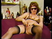 Mature Lady With Inflatable Dildo In Pussy An...