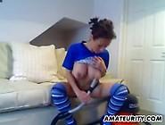 Gorgeous Brunette Amateur Masturbates With Th...