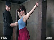 Chubby Busty And Big Bottomed Chick Tegan Tre...