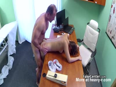 Doctor Nails Client
