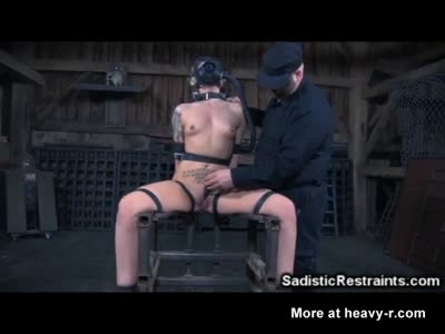 Infernal BDSM For Girl With Gas Mask