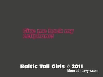 Tall Girl vs Small Guy