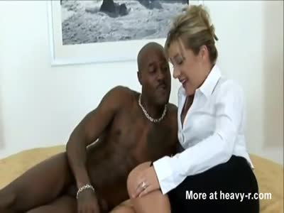 Classy MILF experiments with BBC lover