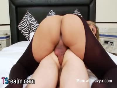 TS Beauty Nicole Bahls Fucks A Guy
