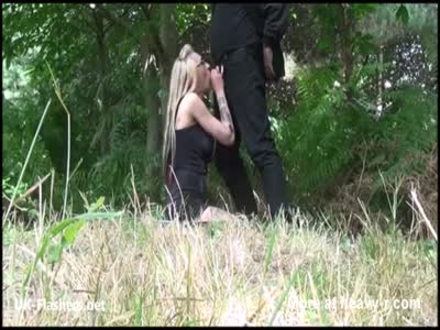 Outdoor fucking and flashing blowjob of blonde amateur babe